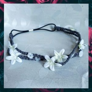 {AEO}White Floral Braided Faux Suede Head Band